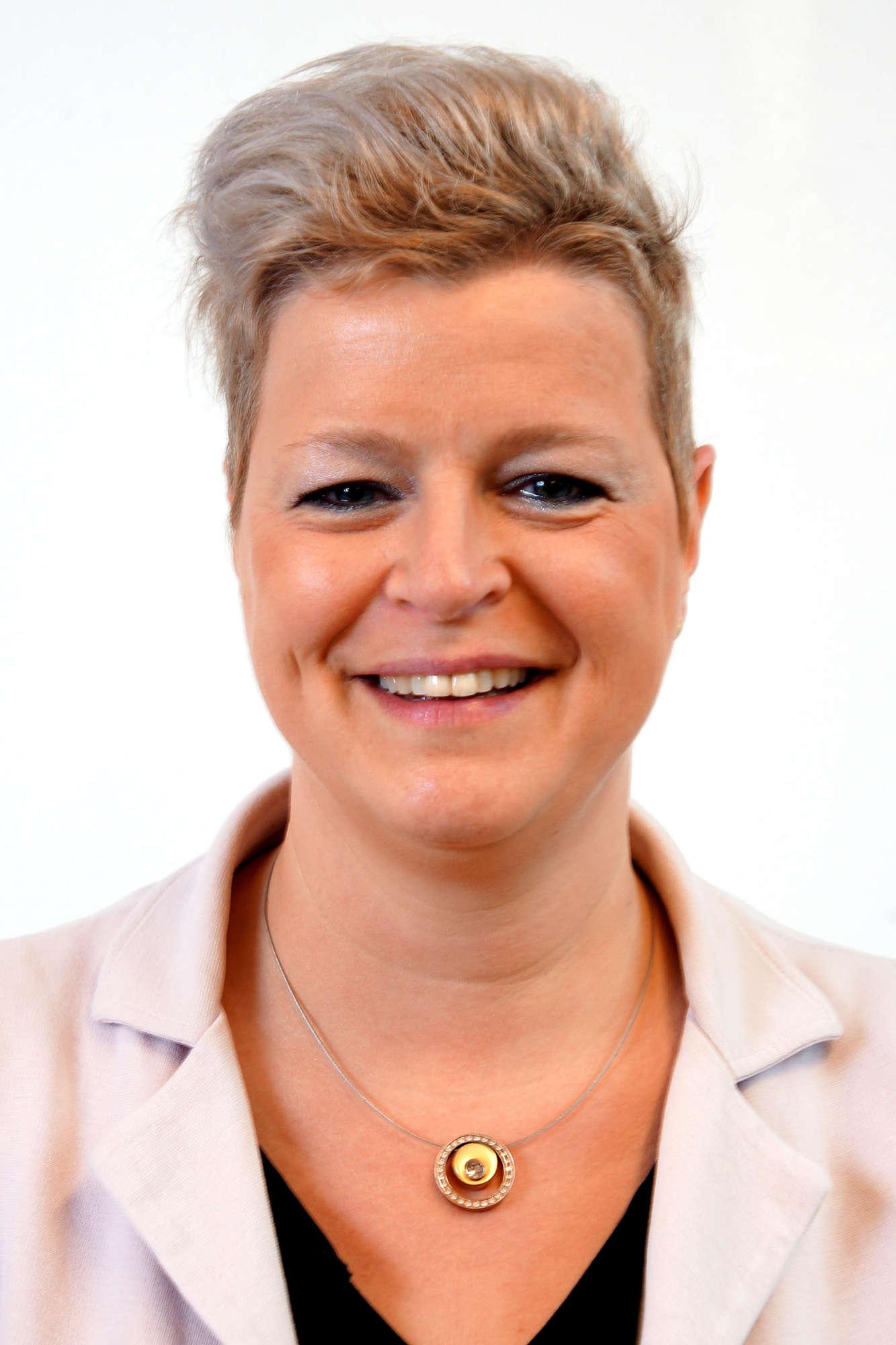Alexandra Claessen - Mengelers
